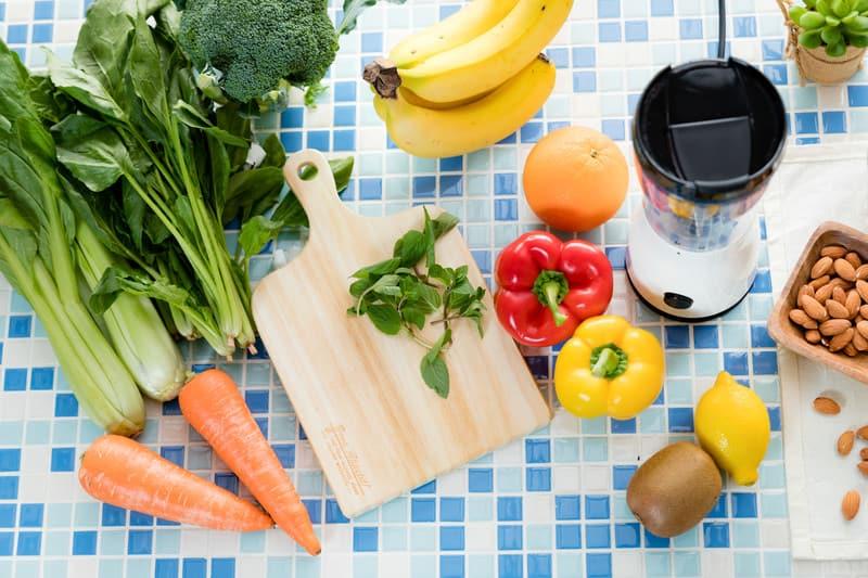 野菜とカットボード